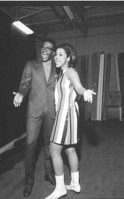 Aint No Mountian High Enough (из к/ф Мачеха) Marvin Gaye and Tammi Terrell